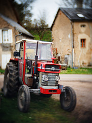 Tracteur-Max - Photo of Sardy-lès-Épiry