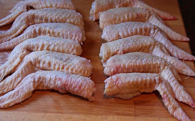 Alitas de Pollo Laqueadas con Salsa de Mango y Miel (1)