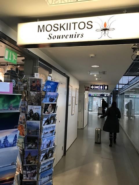 Moskiitos souvenirs, Rovaniemi airport