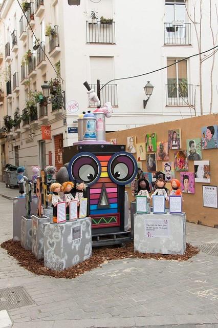 Falla infantil Alta-Santo Tomás 2018, del artista Víctor Valero, víctima del vandalismo LGTBfóbico