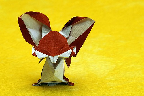 Origami Big Teeth Bunny (Lo Yu)