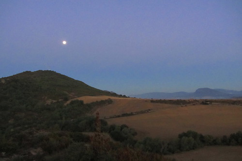 20121001 33 033 Jakobus Berge Morgen Mond Feld Wald
