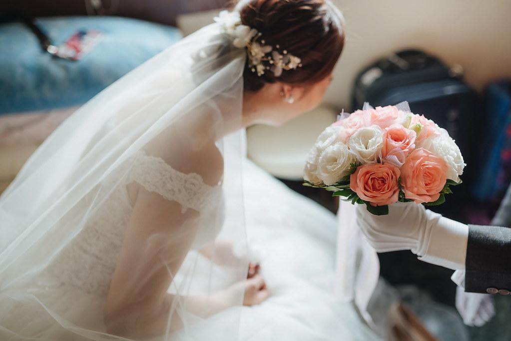 台中婚紗拍攝,台中婚攝,找婚攝,婚攝ED,婚攝推薦,意識影像,婚紗攝影,台中市婚禮拍攝,中部婚禮攝影,婚紗,edstudio,高雄寒軒國際大飯店,