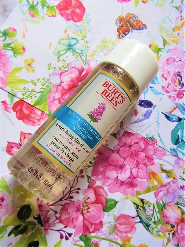 cosmetiques-bio-et-naturels-ecologiques-burts-bees-soins-visage-hydratation-intense-bigreegnsmile-thecityandbeauty.wordpress.com-blog-beaute-femme-IMG_9351 (3)