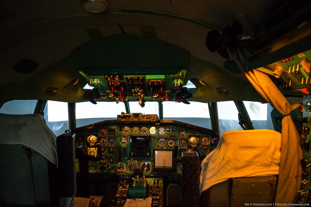 Прикоснись к легенде: уникальный авиасимулятор Time Tу-154 Fly!