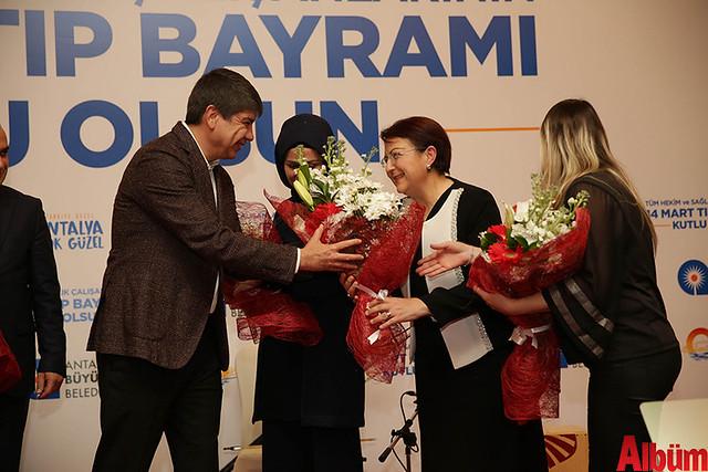 AntalyaBüyükşehir Belediyesi Tıp Bayramı Kutlaması-3