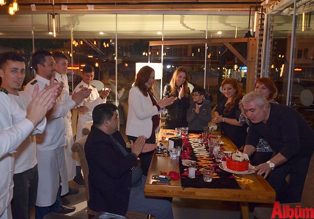 Harun Akbulut doğum gününü dostlarıyla birlikte kutladı