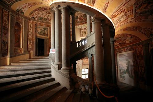 Palazzo Farnese: scalinata interna