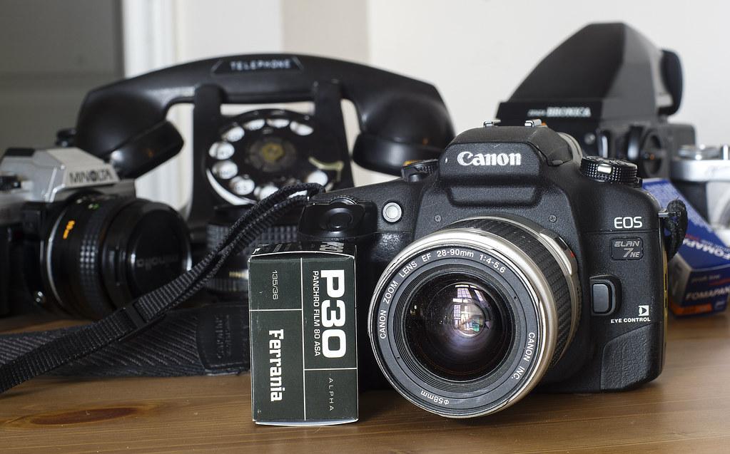 CCR Review 90 - Canon EOS Elan 7NE