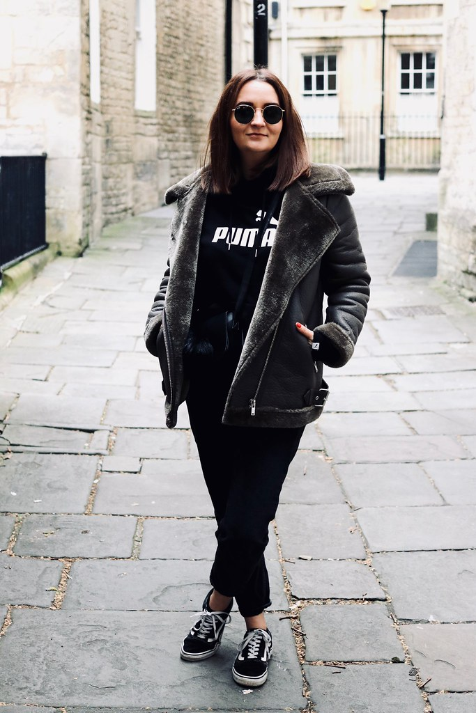 fashion, styleblogger, street style, bathuk, bathspa, ootd, Aviator Jacket, wiwt, katelouiseblog, katelouise, puma hoody, new look, vans old skool, it's okay to dress boring, fashion photography,