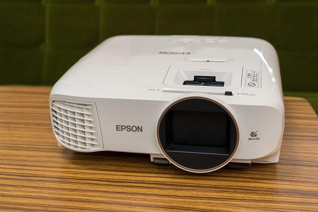 EPSON dreamio EH-TW5650-20.jpg