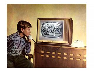 97 Просмотр футбола по телевизору