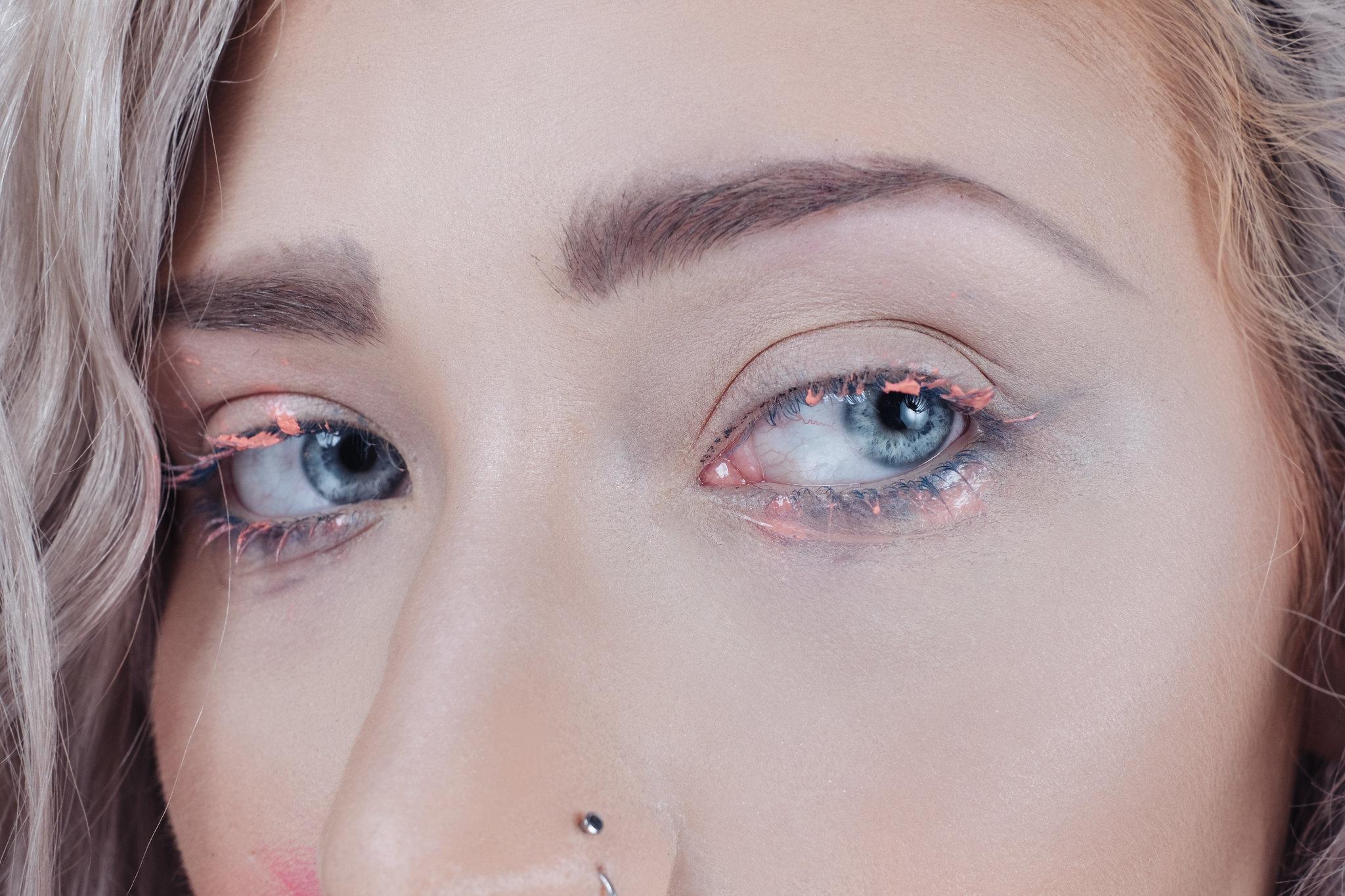 Scarlet Lipstick-2551-Edit