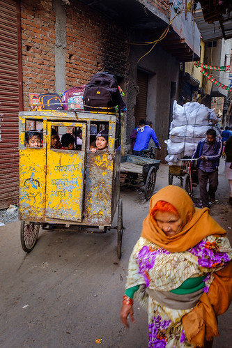 The School Wagon | Paharganj, Delhi, India | by t linn