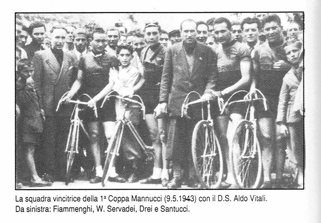 Squadra vincitrice della Coppa Mannucci 1943 (foto inviata dal figlio Marco)