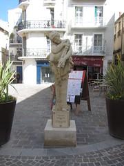 La bacanta amb binioù (Joan Antòni Injalbert, 1897) - Plaça dels Bons Amics - Besièrs