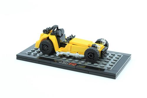 21307 Caterham Seven 620R - Microscale