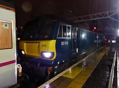 92010 at London Euston