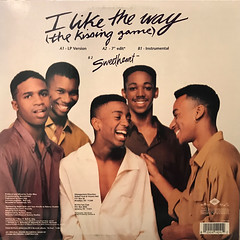 HI-FIVE:I LIKE THE WAY(THE KISSING GAME)(JACKET B)