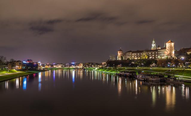 Wawel castle at night
