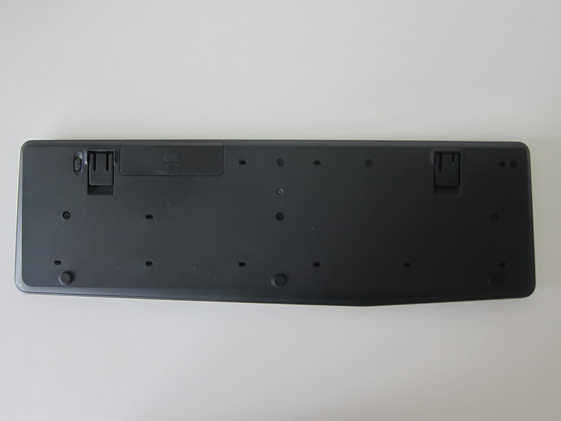 Logitech K375s Multi-Device Wireless Keyboard - Bottom