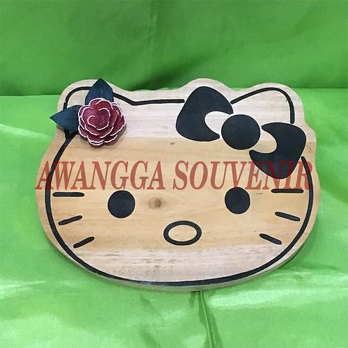 Talenan Kayu Hello Kitty Uk.17x14cm