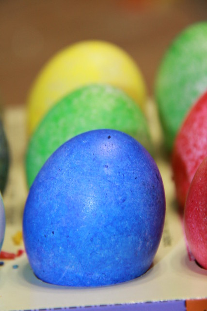 egg coloring (7)