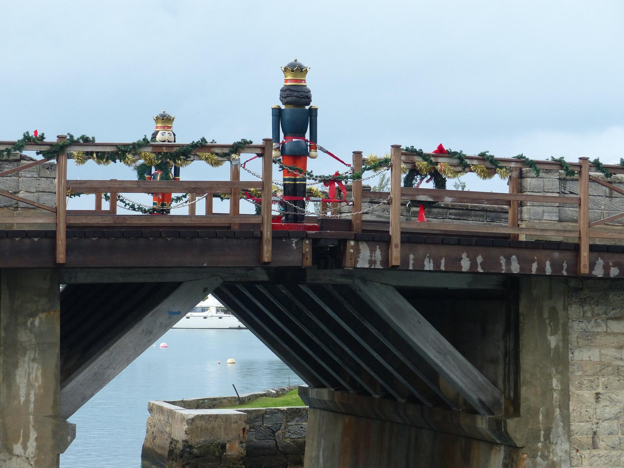 Bermuda - World's Smallest Drawbridge