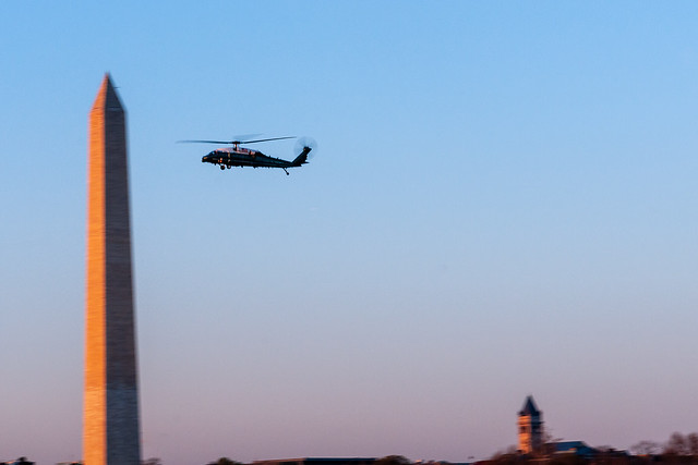 VH-60 from HMX-1 flies past the Washington Monument