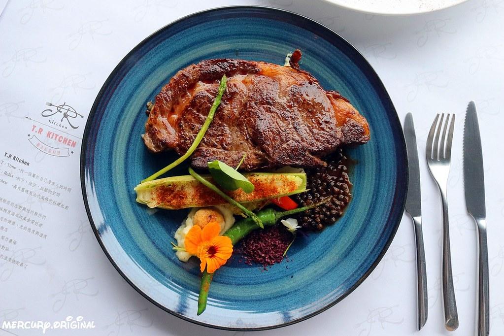40892404421 bf9ab5fca5 b - 熱血採訪|T.R Kitchen義大利麵燉飯排餐,浪漫求婚餐廳,新都生態公園旁(已歇業)