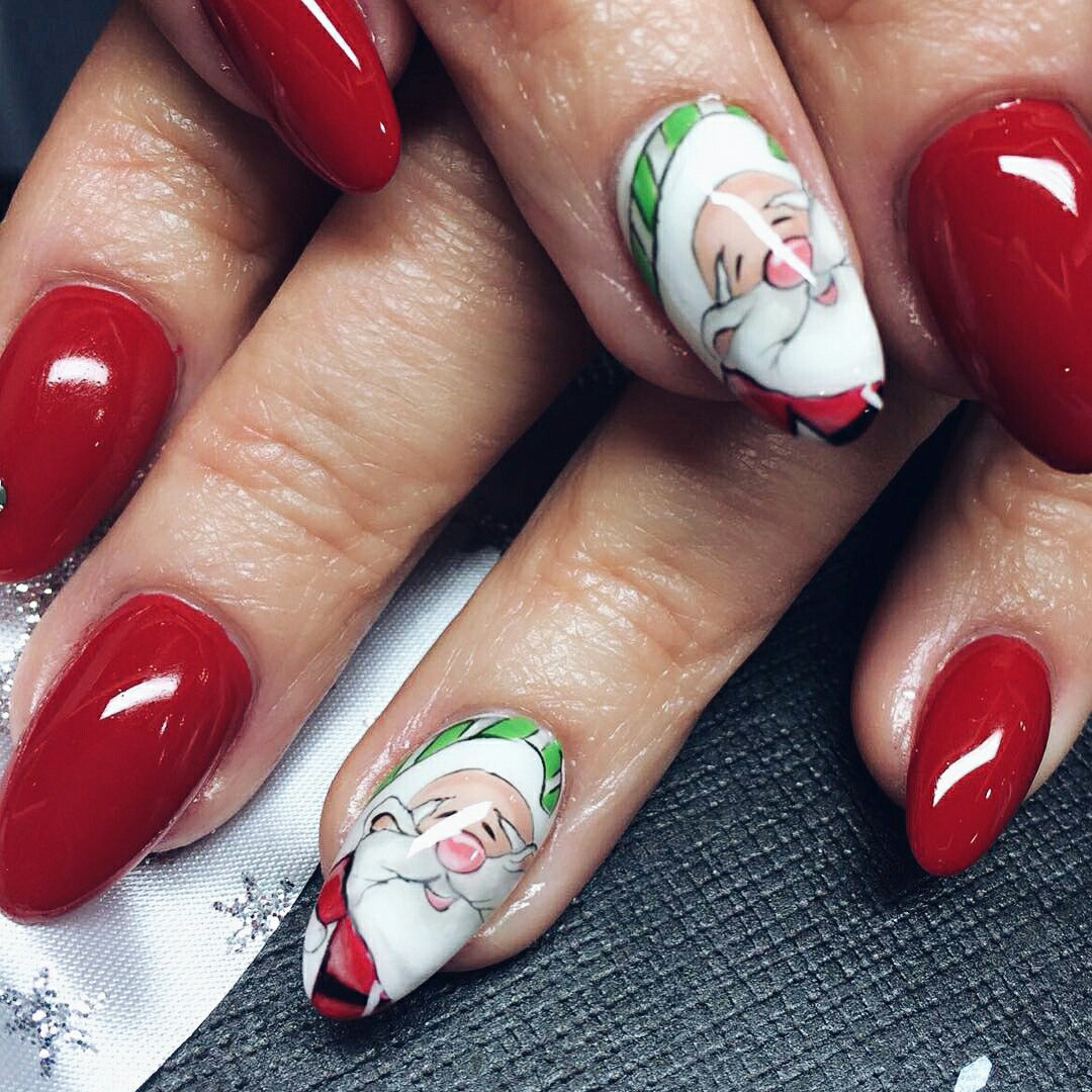 Styles and new years nail manicure ideas fashion 2d you should choose the nail color taking into account the color of your dress if youre going to put on a blue dress paint your nails in blue or sky blue solutioingenieria Choice Image