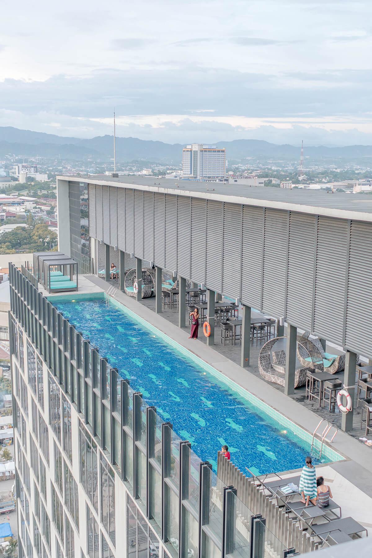 Bai Hotel Cebu Pool Bar