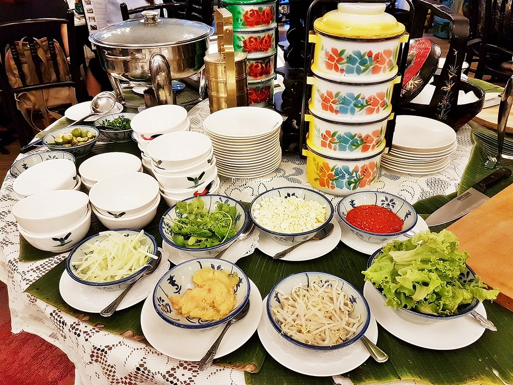 All-You-Can-Eat DIY Popiah & Mee Siam, Table Layout