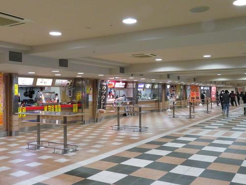 福島競馬場のファーストフードプラザ