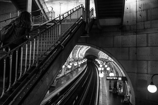 up, le metro, Paris, Pentax K-5, smc PENTAX-DA 18-55mm F3.5-5.6 AL WR