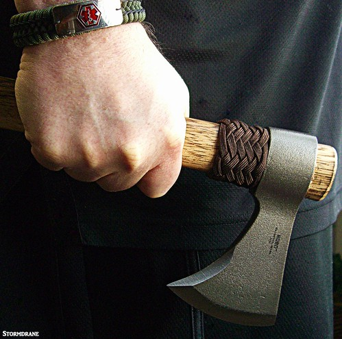 paracord stormdrane crkt tomahawk nobo thawk bracelet alert tag black brown green steel survival camping zombie apocalypse hairpartingdevice defense bushcraft hiking backpacking woods outdoors landscape garden jungle forest trim chopping cut tool knots decorative