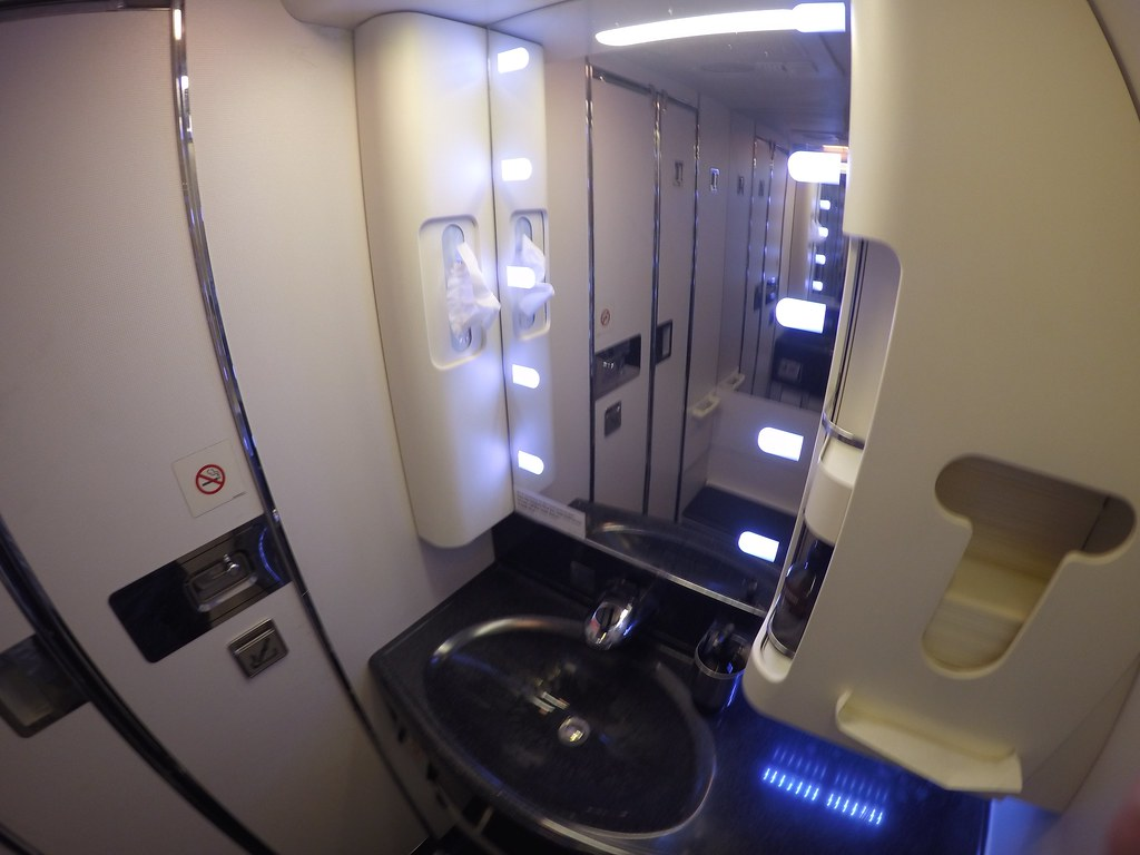 Virgin Australia business class 22
