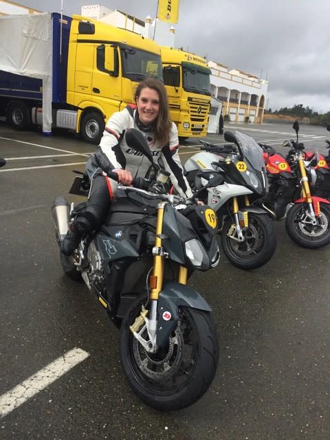 Test sur circuit des nouveaux pneus moto Dunlop SportSmart TT