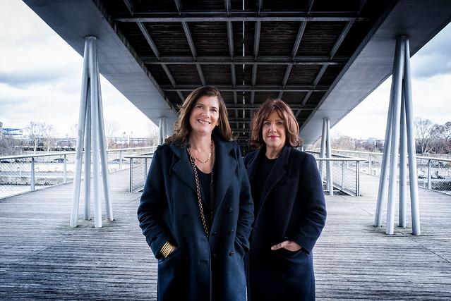 Ariane Chemin et Raphaëlle Bacqué, grands reporters au Monde publient la Communauté une immersion à Trappes. Photo : Astrid di Crollalanza