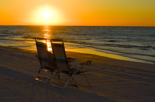 destin morning gulfofmexico sunrise beachchairs waves serenity florida floridapanhandle ocean horizon