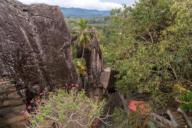 Aluvihara Rock Cave Temple