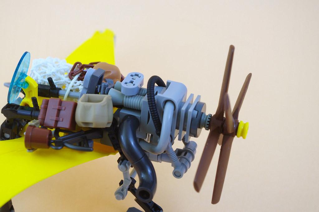 Karl and his Mariposa aircraft (03)