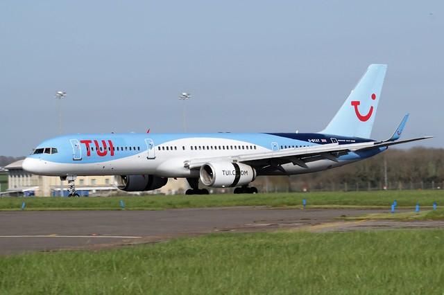 Tui Boeing 757-200 G-BYAY