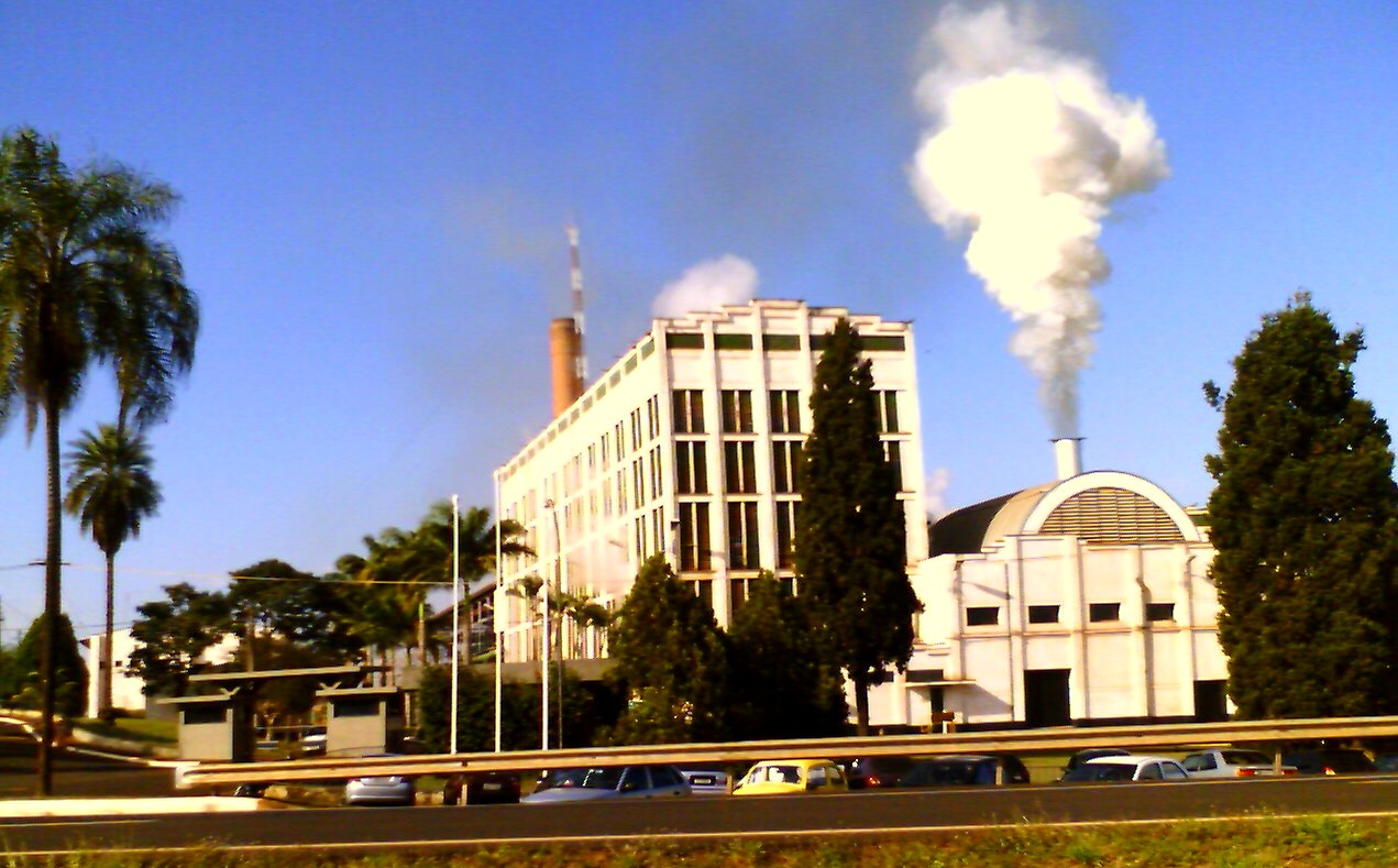 São Francisco S/A Ethanol Production Facility at Sertãozinho, São Paulo, one of the largest and oldest sugarcane processing plants in Brazi. Photo taken on May 20, 2007.l