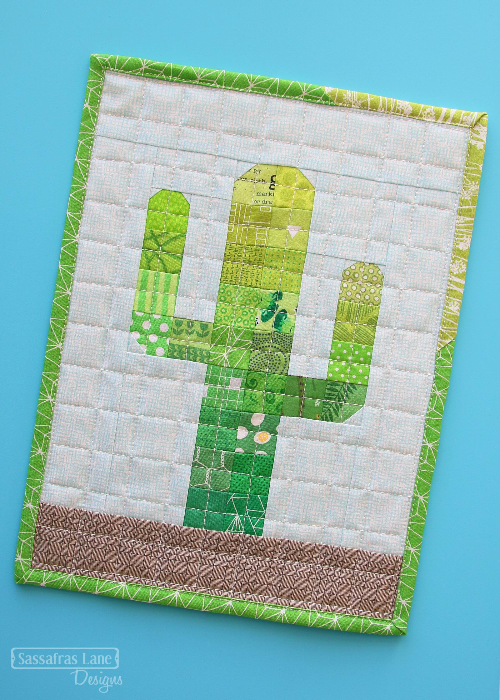 Free Patchwork Cactus Mini Quilt Pattern