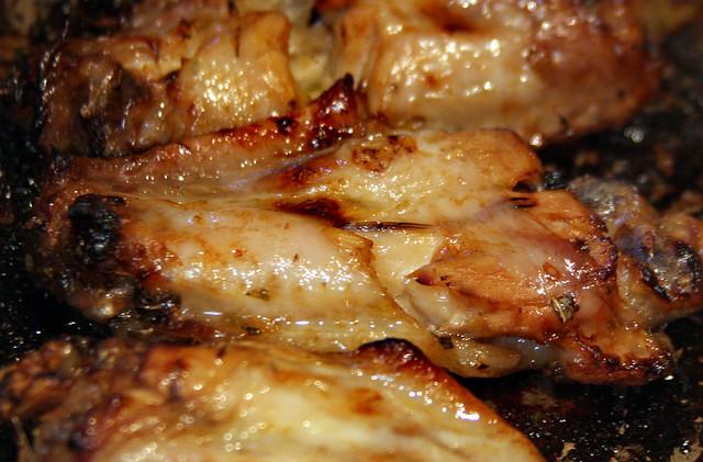Alitas de Pollo Laqueadas con Salsa de Mango y Miel (9)