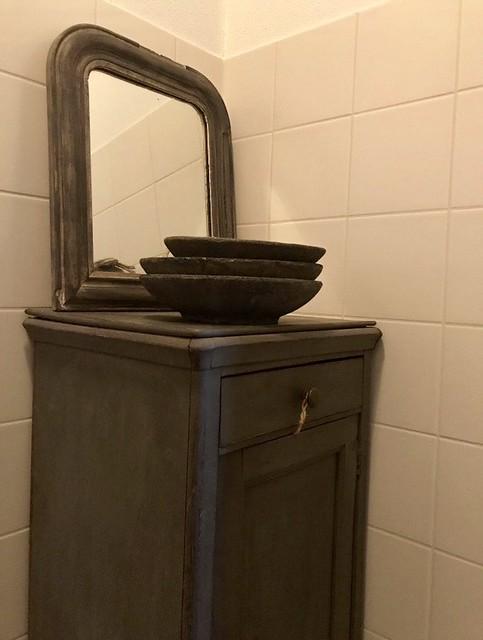 Kastje in de badkamer