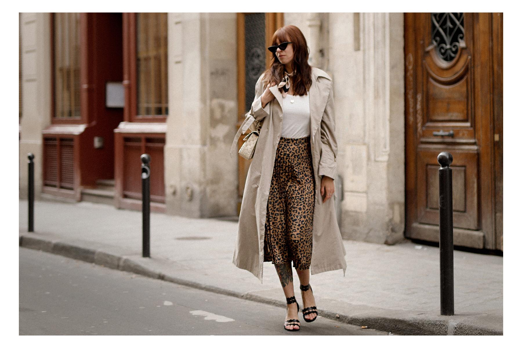 paris love mon amour mint&berry leopard print skirt trench coat valentino rockstud breuninger catsanddogsblog modeblogger styleblog modeblog outfitblog parisienne styliste cats&dogs max bechmann fotografie film düsseldorf 4