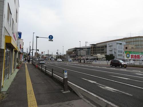 年金事務所入口バス停から福島競馬場へ向かう