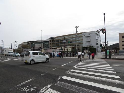 福島競馬場の南口近く